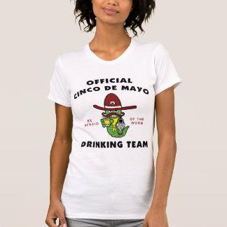 Señoras de consumición del equipo de Cinco de Mayo Camisetas