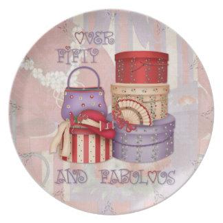 Señoras de Red Hat - sobre cincuenta y la placa fa Plato