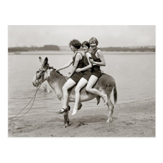 Señoras en Arlington Beach, 1924 Postal
