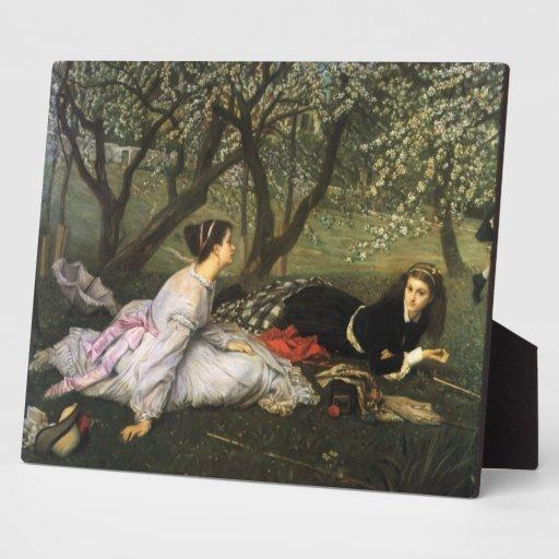 Señoras en los flores de Apple Placa De Madera