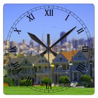 Señoras pintadas en San Francisco (inclinación y c Reloj Cuadrado