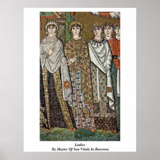 Señoras por el amo de San Vitale en Ravena Posters