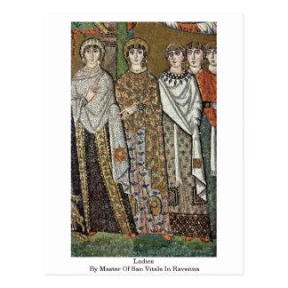 Señoras por el amo de San Vitale en Ravena Postales