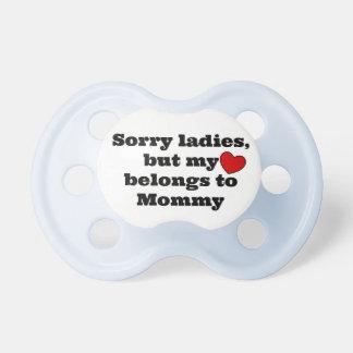 Señoras tristes chupetes para bebés