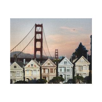 Señoras y puente Golden Gate pintados Lona Envuelta Para Galerías