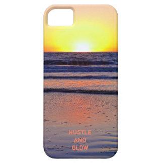 Sensación de la puesta del sol de la prisa y del funda para iPhone 5 barely there