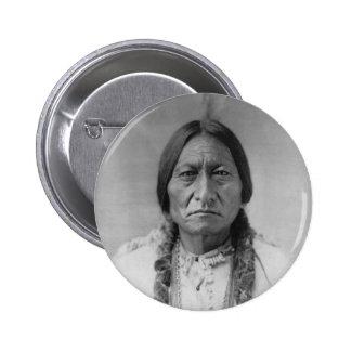 Sentada americana Bull del jefe indio de Lakota Pin Redondo 5 Cm