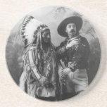 Sentada Bull y retrato de Buffalo Bill a partir de Posavasos Personalizados