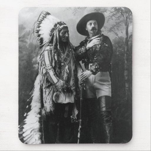 Sentada Bull y retrato de Buffalo Bill a partir de Alfombrilla De Raton