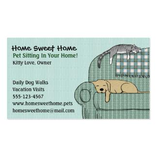 Sentada linda del mascota del perro y del gato - s tarjetas de visita