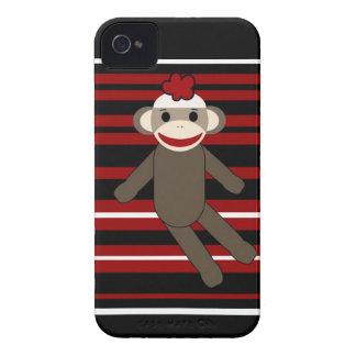 Sentada rayada blanca negra roja del chica del mon Case-Mate iPhone 4 fundas