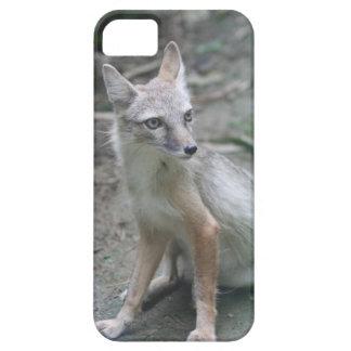 Sentada salvaje china del Fox de Brown Funda Para iPhone 5 Barely There