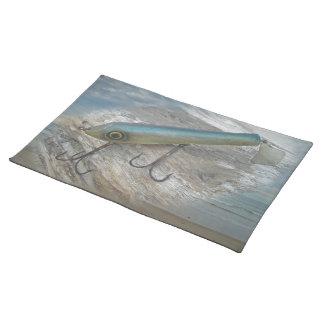 Señuelo antiguo de la pesca de Slapper de la Manteles