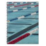 Separadores plásticos en crear de la piscina libreta espiral