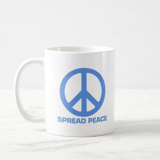 Separe la taza de café de la paz