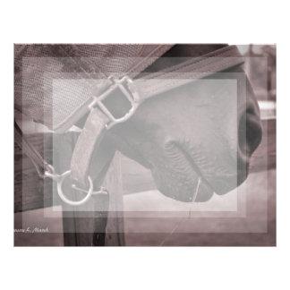 Sepia con tirante y espalda descubierta de la hier plantillas de membrete