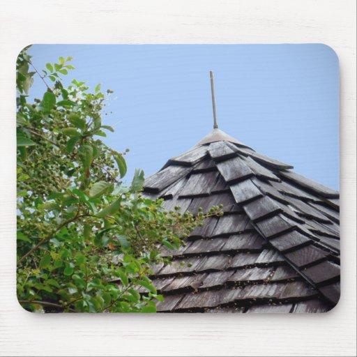 Sepia de madera del árbol del cielo de la cúpula d alfombrillas de raton