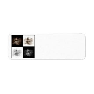 Sepia del lirio y etiqueta blanca negra de Avery Etiqueta De Remitente