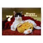 Séptimo gatito del cumpleaños con el tigre del tarjeta de felicitación
