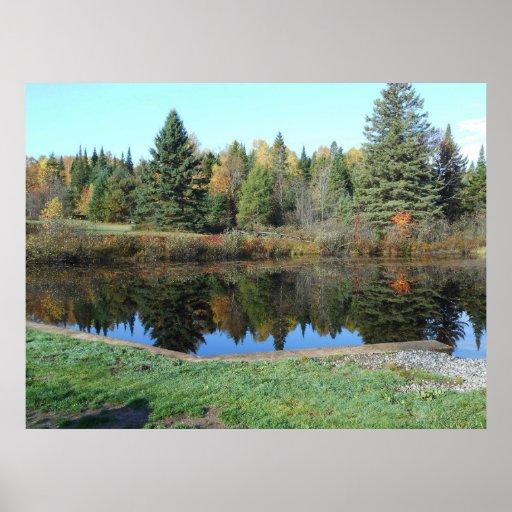 Sepulcro histórico del otoño de Adirondack de la g Póster