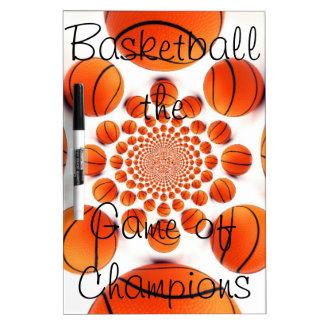 Seque al tablero del baloncesto del borrado pizarras