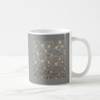 SEQUINE-EMBROIDERY COFFEE MUG