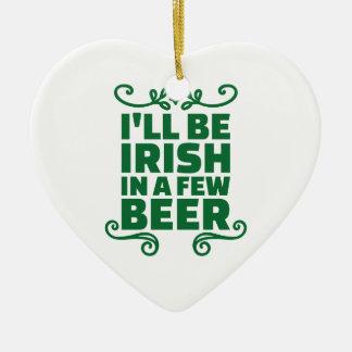 Seré irlandés en algunos cerveza adorno navideño de cerámica en forma de corazón