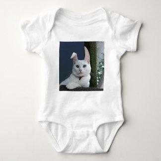 Serenidad como camiseta del niño del conejito playera