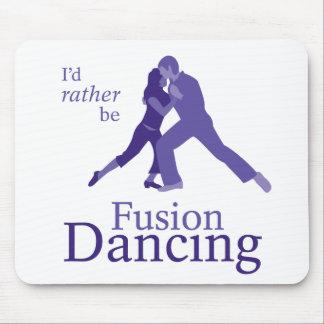 Sería bastante baile de la fusión mouse pads