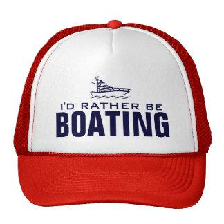 Sería bastante gorra del canotaje para los capitan