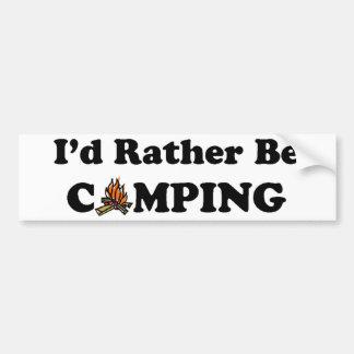 Sería bastante hoguera que acampa etiqueta de parachoque