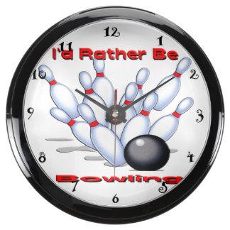 Sería bastante reloj de la aguamarina que rueda relojes aqua clock