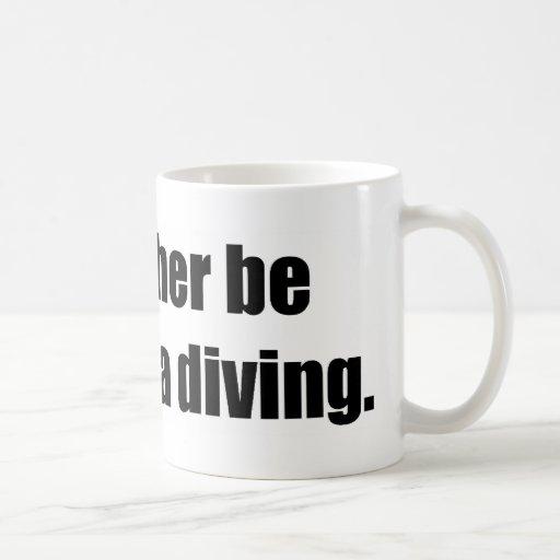 Sería bastante salto del mar profundo tazas de café