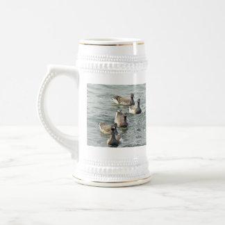 Serie atlántica de los gansos de barnacla tazas