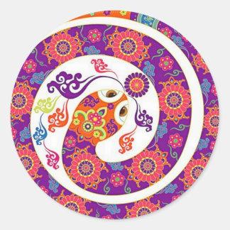Serie colorida de la serpiente china del zodiaco etiqueta redonda