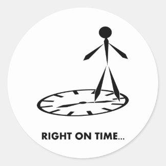 Serie de los idiomas del tiempo - correcta el pegatina redonda