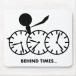Serie de los idiomas del tiempo - tiempos de Behin Alfombrilla De Ratones