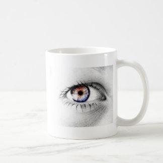 Serie Olho Branco Coffee Mug