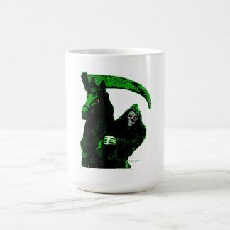 Serie verde de neón del jinete del parca por Valpy Tazas