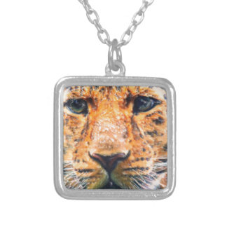 Serious look custom necklace