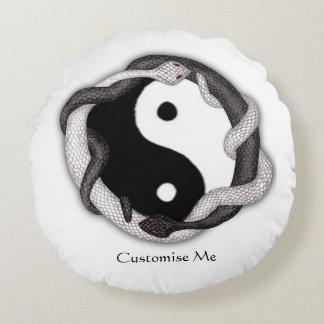 Serpents Dual (White/Black) Round Pillow