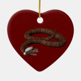 Serpiente de cascabel con el gorra de Santa Adorno Navideño De Cerámica En Forma De Corazón
