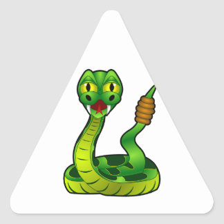 Serpiente de cascabel del dibujo animado pegatina triangular