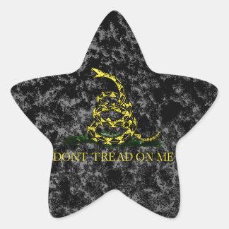 Serpiente de Gadsden en fondo veteado Pegatina En Forma De Estrella