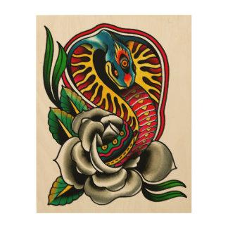 Serpiente de la cobra y tatuaje tradicional subió  impresión en madera