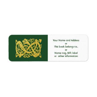 Serpiente de oro céltica en remite verde etiqueta de remite