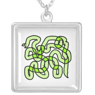 Serpiente de verde lima joyerías