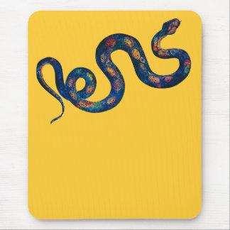 Serpiente del arco iris alfombrilla de raton