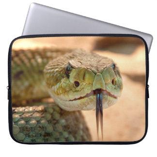 Serpiente del traqueteo mangas portátiles