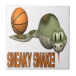 Serpiente disimulada tejas  ceramicas
